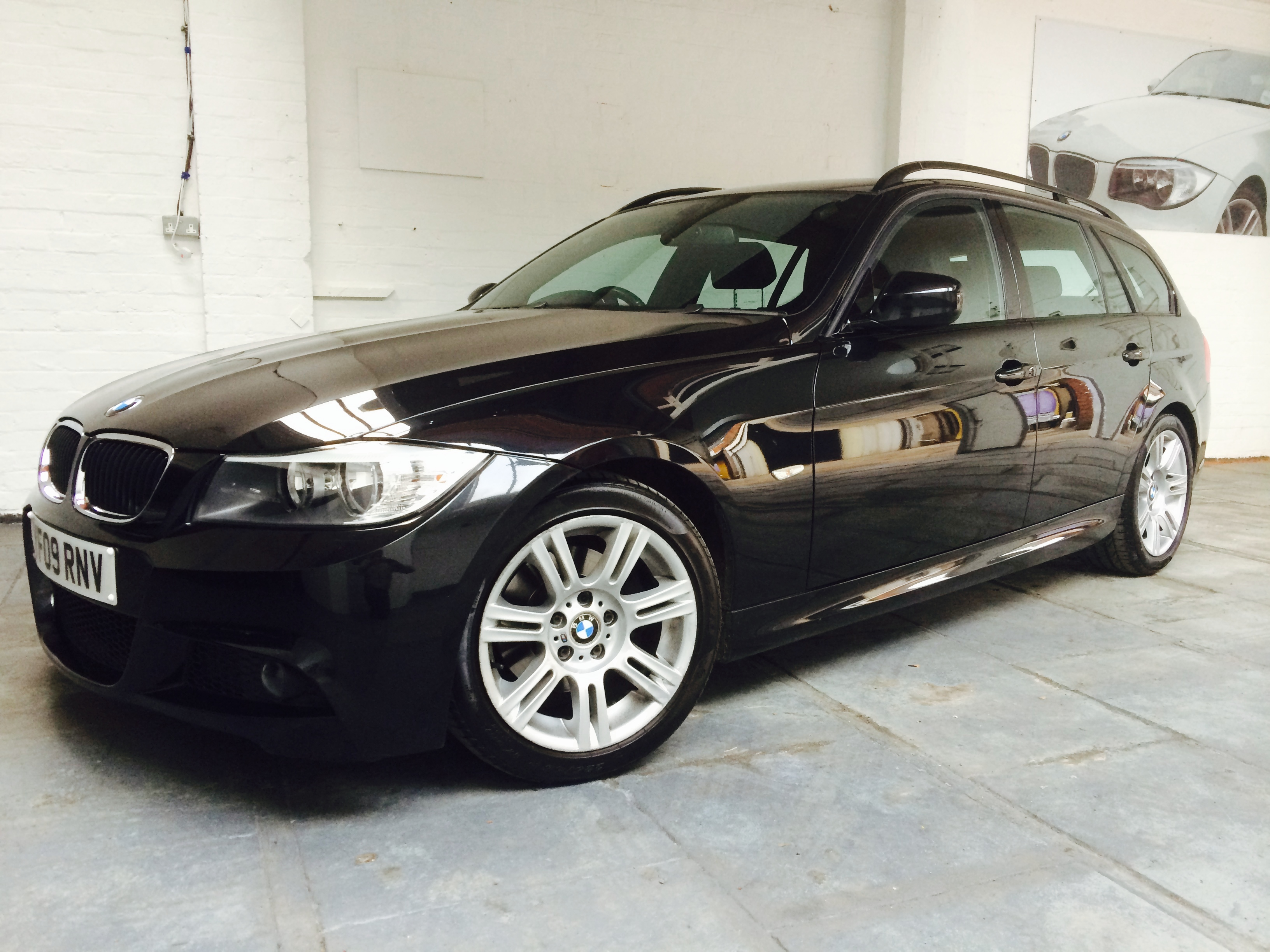 bmw 318d m sport tourer 2 0tdi tj sports and prestige. Black Bedroom Furniture Sets. Home Design Ideas