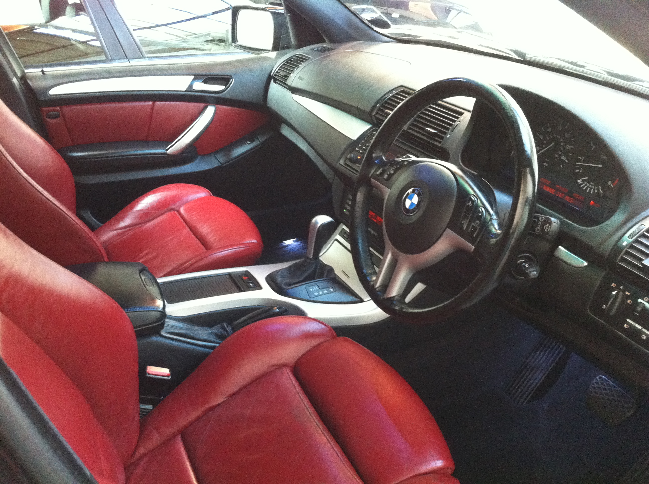 bmw x5 3 0d sport 5dr auto navigation red leather 22 khan alloys fsh tj sports and prestige. Black Bedroom Furniture Sets. Home Design Ideas