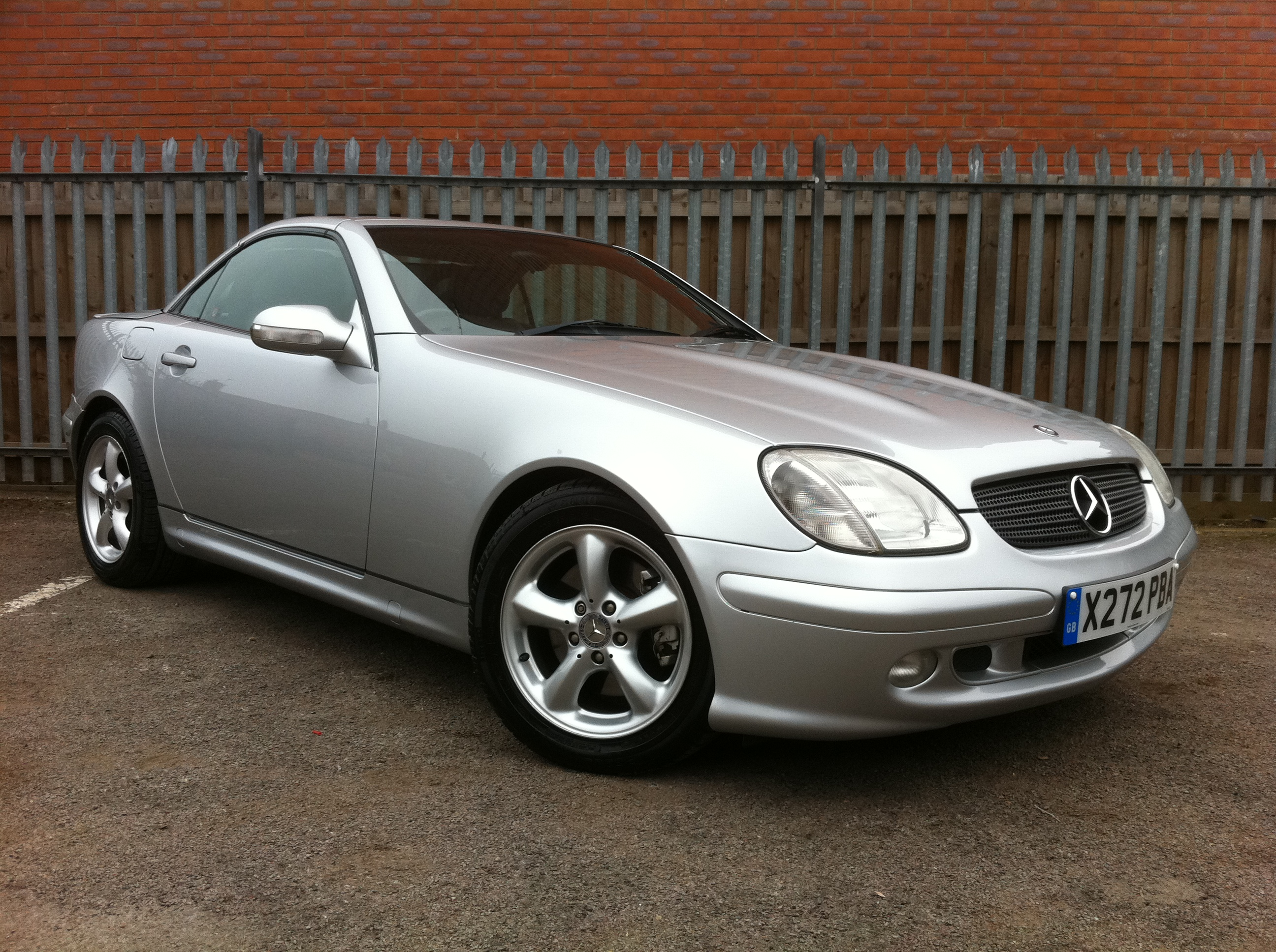 mercedes benz slk 320 2dr tip auto convertible full service history full leather immaculate. Black Bedroom Furniture Sets. Home Design Ideas